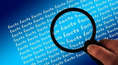 Vergrootglas-facts_pixabay